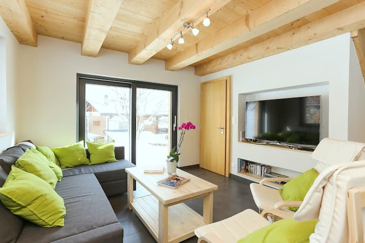 Riders Nest -Cosy 3BD 5min to lifts