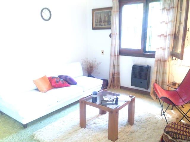 Habitaciones casa en Montevideo - Montevidéu - Casa