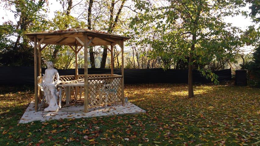 chambre campagne 6 pers. et son joli parc - Saint-Lô - Guesthouse