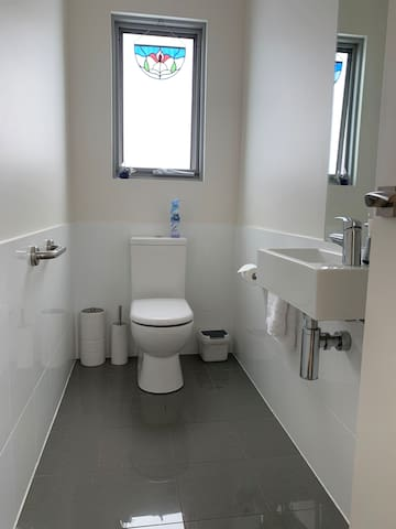 Toilet/washroom