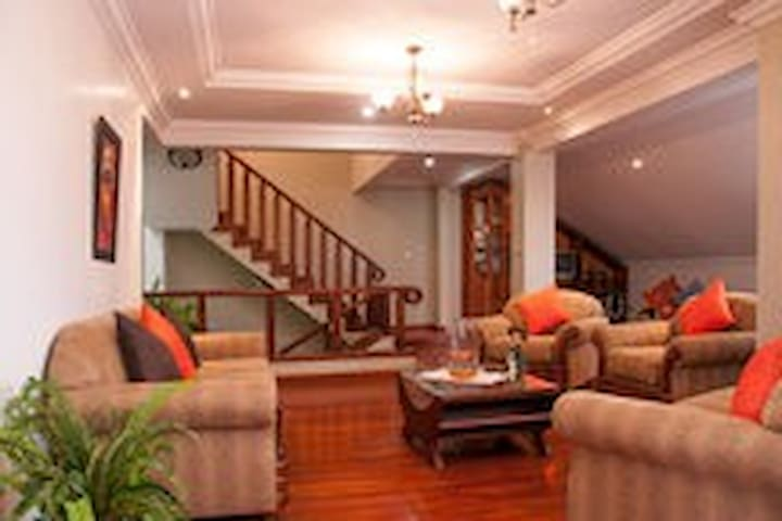 3. Enjoy Clean, Serene location near Cuenca center