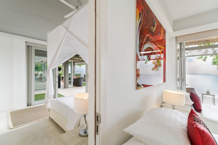 Headland Villa 3 connected bedrooms - ideal for families