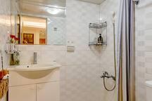 樓下-雅房-衛浴