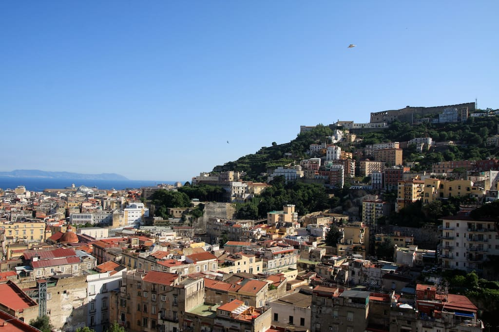 Superpanoramic flat in the historical center loft in for Airbnb napoli