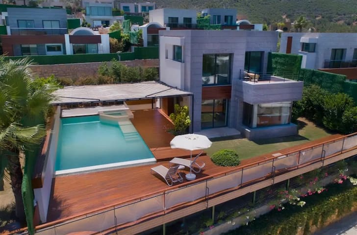 Villa Hill Premium by EvTatilim | Bodrum, Torba