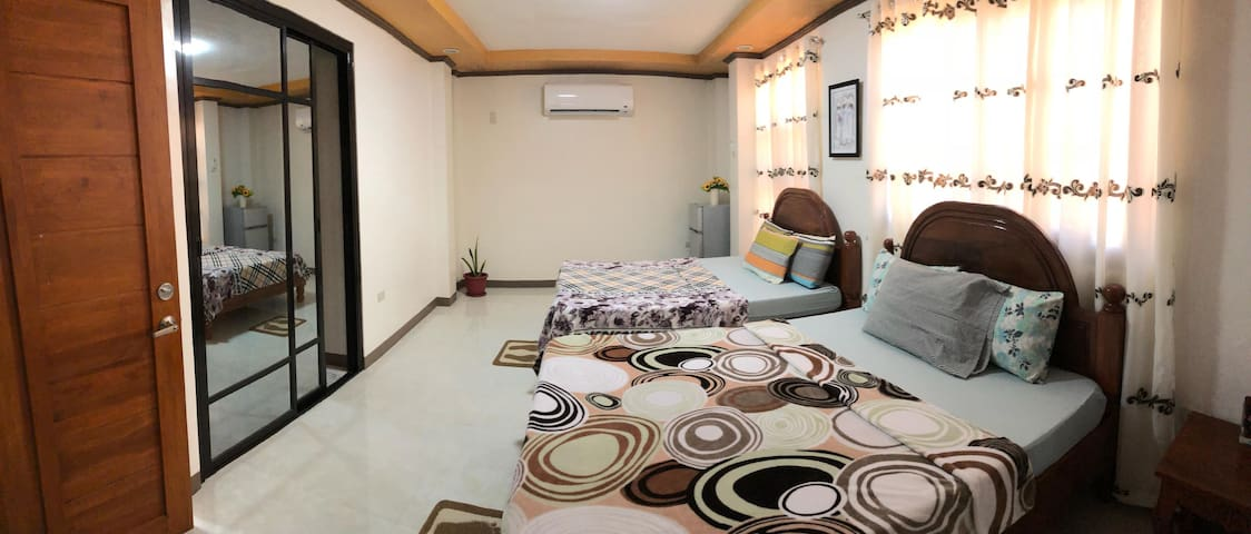 Villa Lourdes(Hundred Islands * PrivateFamilyRoom)