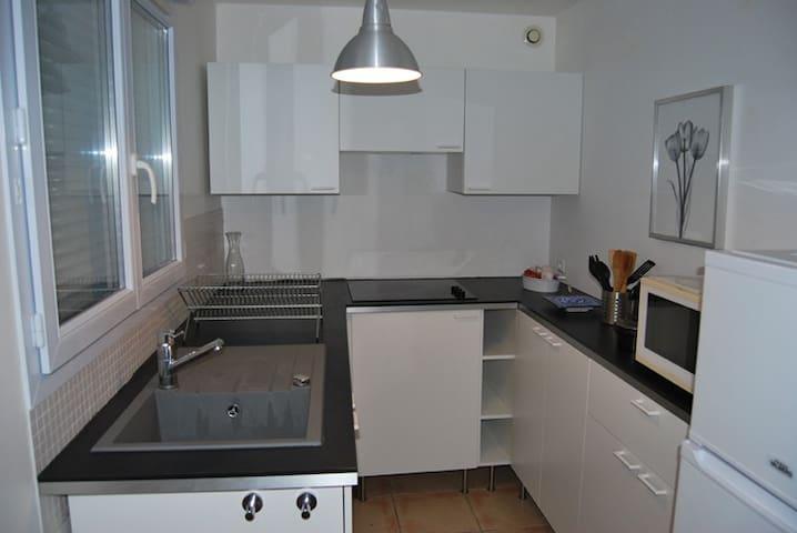 Appartement 3 pièces - Saint-Jean-les-Deux-Jumeaux - Apartament