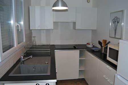 Appartement 3 pièces - Saint-Jean-les-Deux-Jumeaux