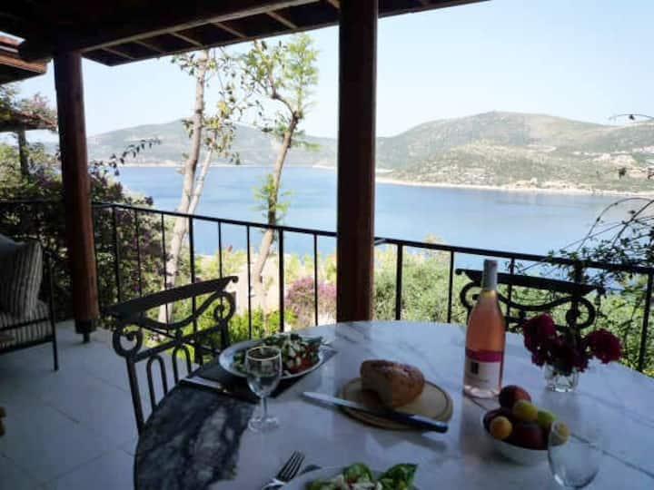 79 Sunbeam with breathtaking views