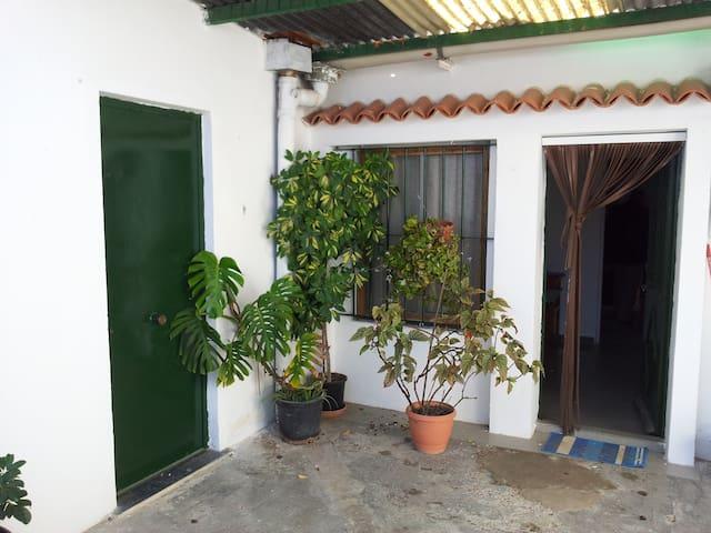 TFNO: 6-O-6-4-O-6-I-7-7 - Jerez de la Frontera - Rumah