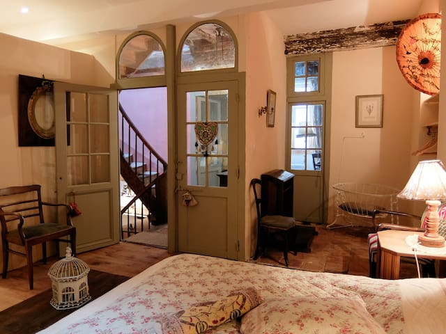 very cosy gite near Carcassonne - Montolieu - House