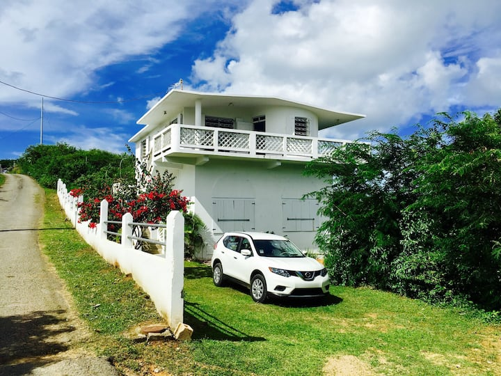 Two Bedroom House with Spectacular Island View