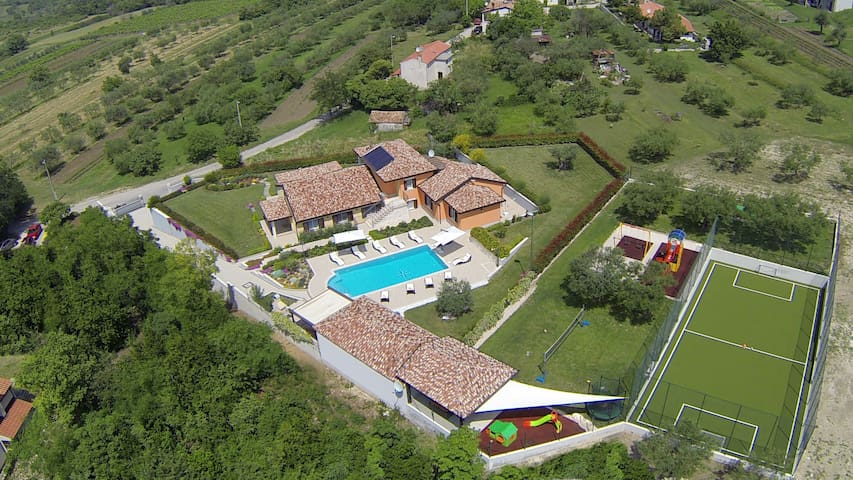 Villa GioAn with private playground - Umag - Villa
