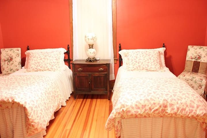 Lewis & Clark Room for 2 - Washington - Bed & Breakfast