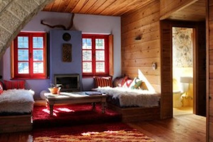 anemi country cottage inn - Κάτω Πεδινά - Bed & Breakfast