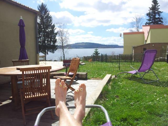 Gite au bord du lac de Vassivière - Royère-de-Vassivière - Casa