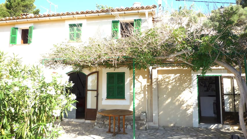 Lovely house located in Galilea