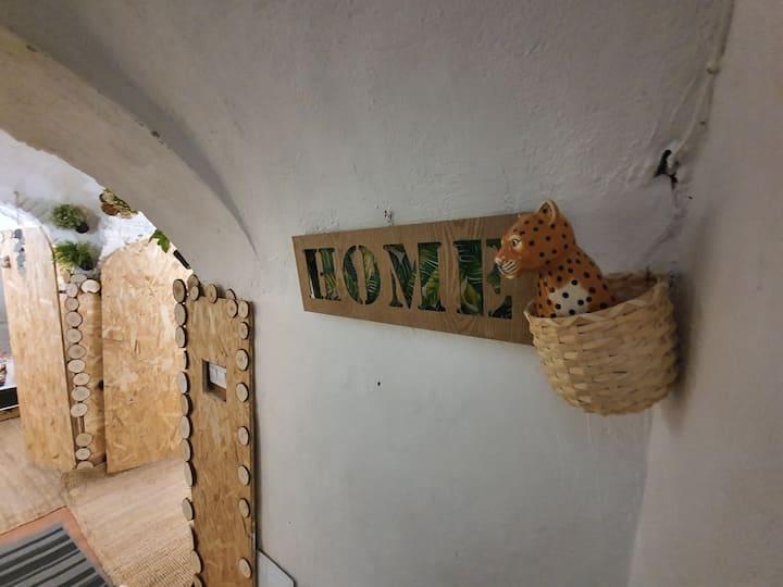 cueva apartamento en puerta del sol