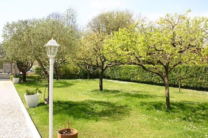 Villa with Awesome Garden