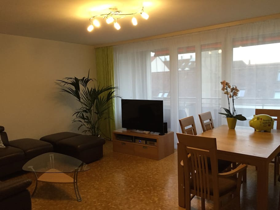 2 bedrooms close to basel world apartments for rent in for Living room 10m2