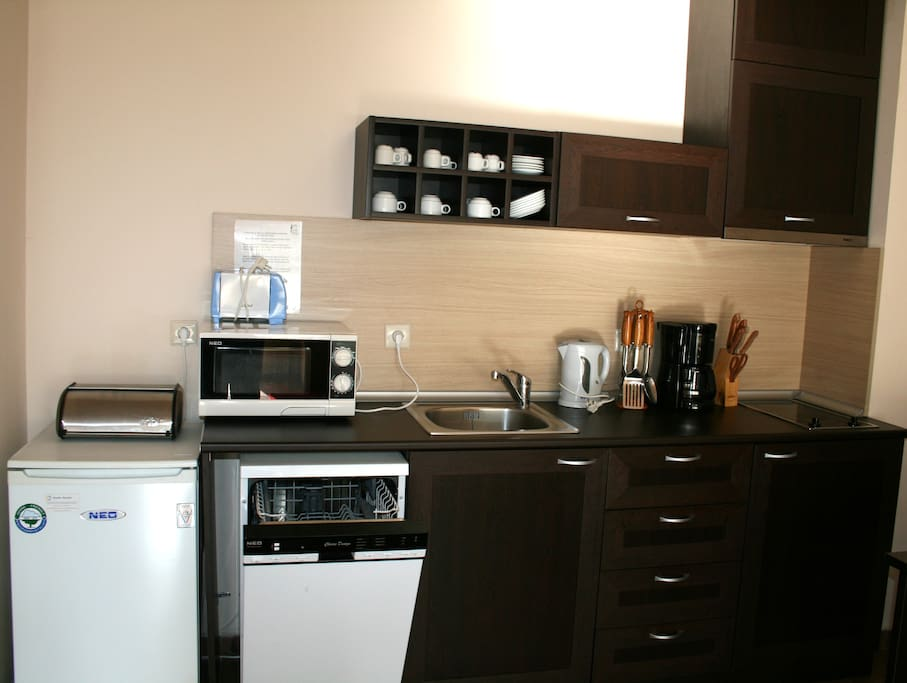 Fully equipped kitchen with brand new dishwasher