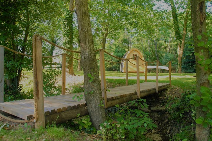 "cabane athypique ""Le Poddy""   nature au calme"