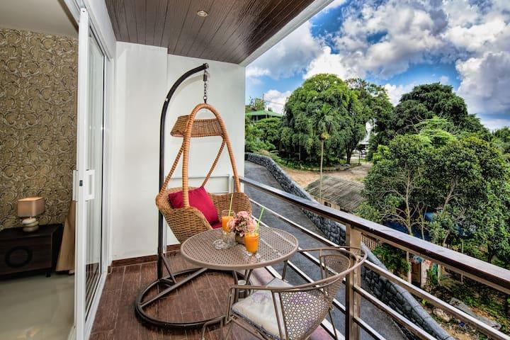 Уютные апартаменты с видом на город @Патонг, 40квм