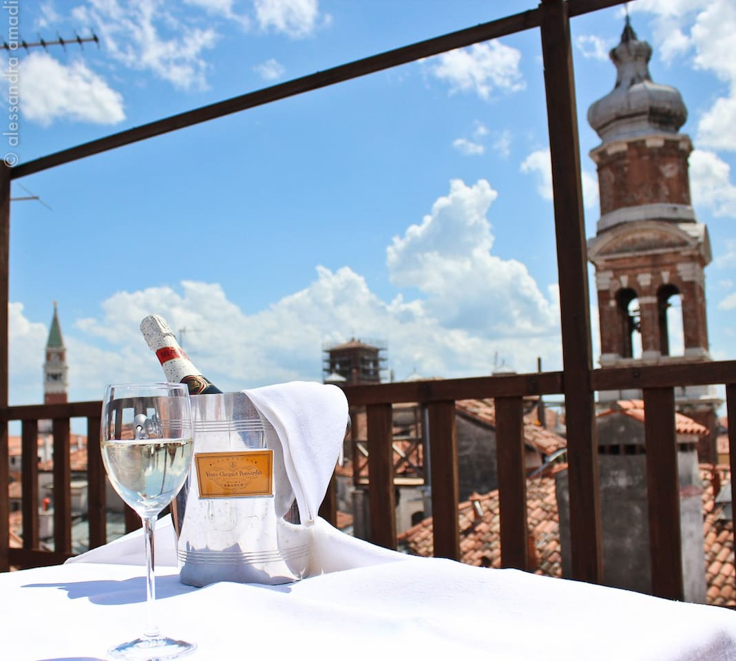 Relaxing moments in our exclusive panoramic deck terrace!