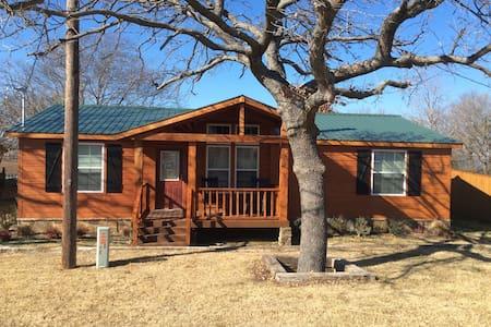Lakefront Lodge - West Tawakoni - Casa