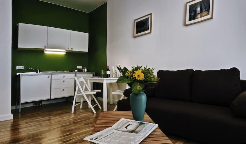 Apartment near Mauerpark