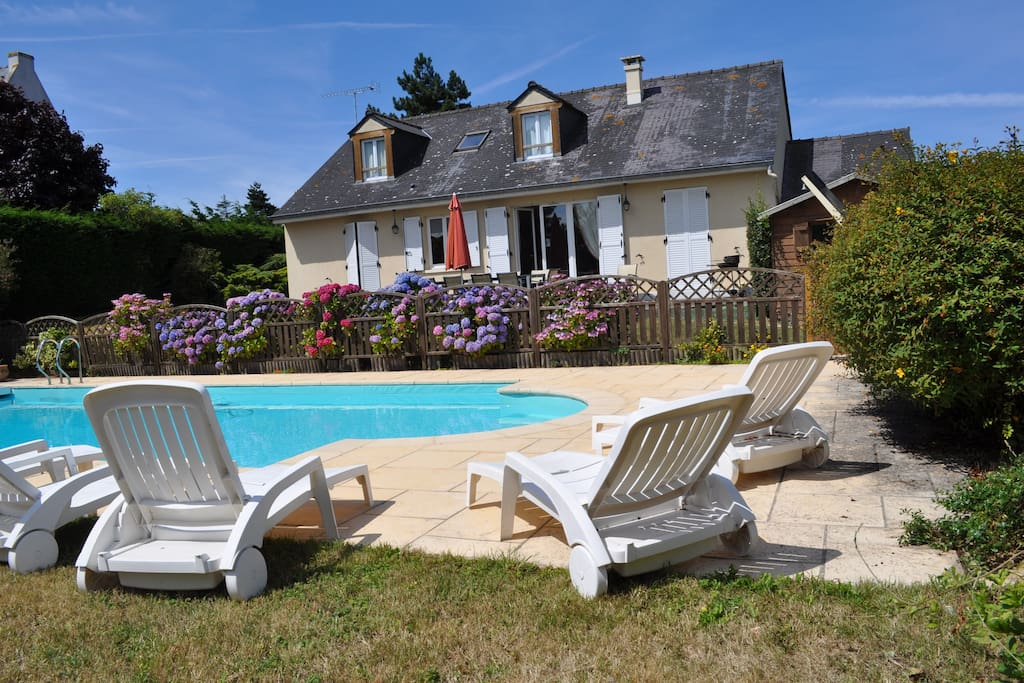 Maison pour max 10 pers piscine houses for rent in for Agrement piscine