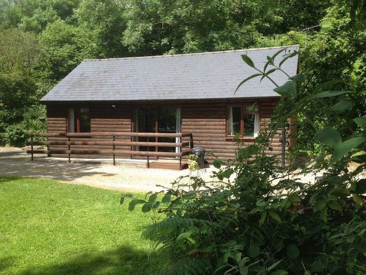 Ivy Lodge Log Cabin