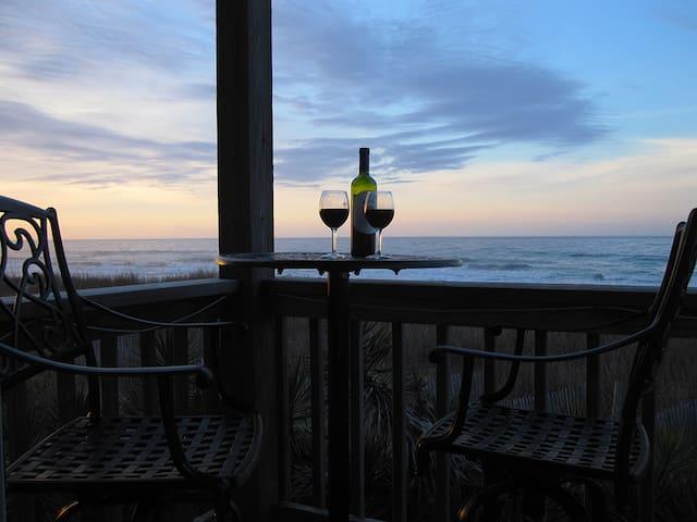 OIB Dream! Right onthe Ocean 2Br2Ba - Ocean Isle Beach - Apartment