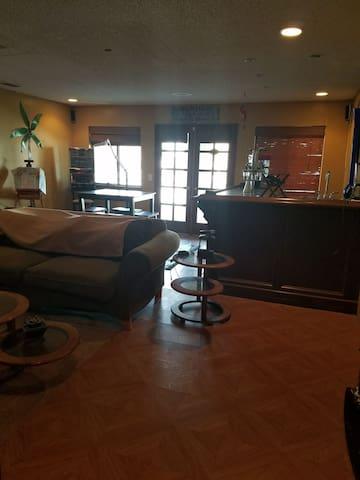 2 Room Double Suite