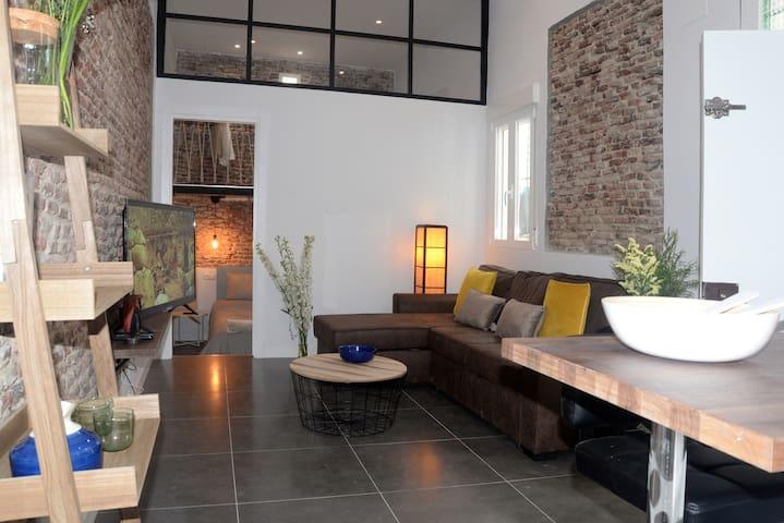 Apartamento reformado-Disponible estancias largas!