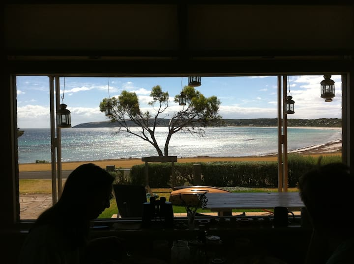 Becky's Beachfront - Emu Bay