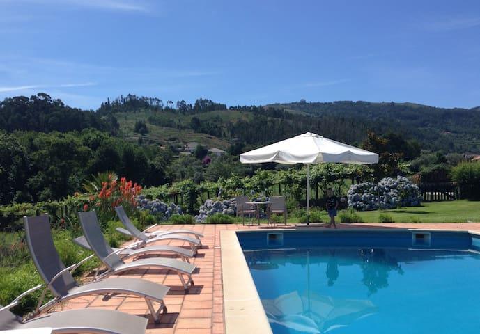 5068 Moradia com piscina em Ponte de Lima