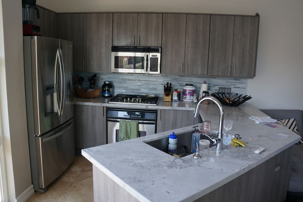Newly updated Kitchen (Usually cleaner than this)