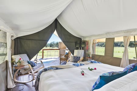 Glamping @ Byron Luxury Tent #2.Minutes from Byron