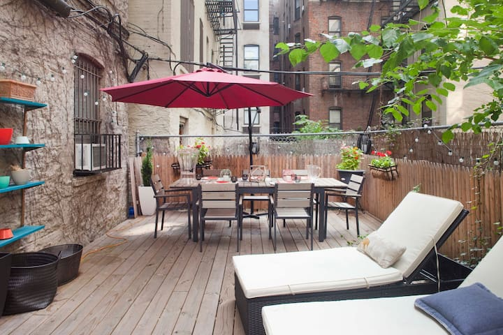 Garden Flat Next to Central Park w/ Large Terrace