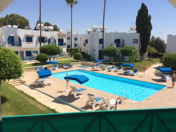 2 BDR APARTMENT IN PYLA LARNACA, NEXT TO BEACH F6B