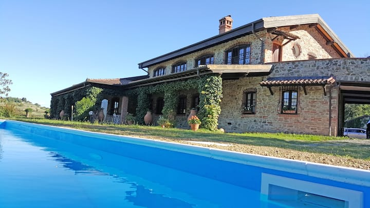 Villa in Monferrato with pool