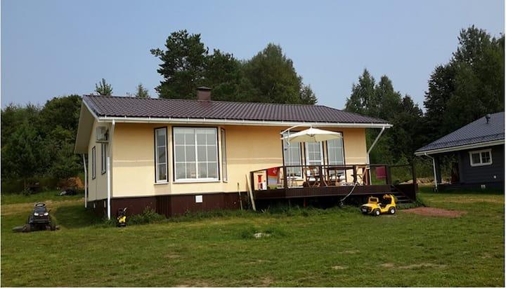 Дом с удобствами, яхт-клуб Медведица