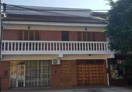 Casa Centrica Amoblada