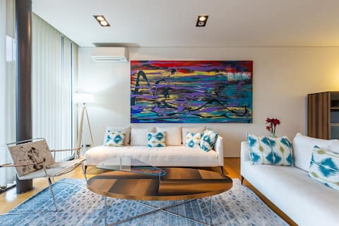 Enjoy Nature at Luxury 3BR Flat Near Airport