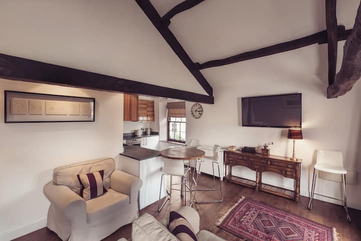 Luxury Loft Apartment,  Heart of Kirkby Lonsdale