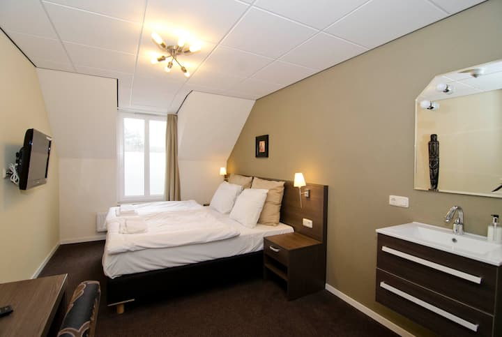 Tweepersoonskamer in Swalmen/Roermond