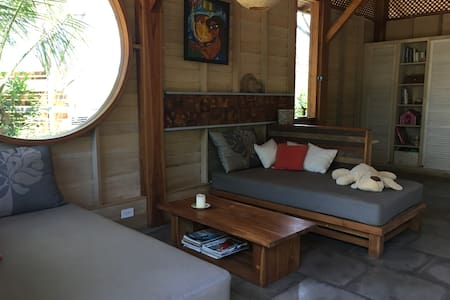 Authentic wooden beach house to relax - Playa Avellana - Huis