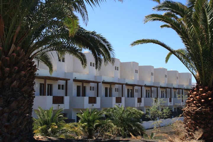 Casa Luca | A splendid apartment in the beautiful marina of Puerto Calero.