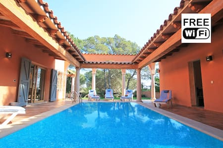House for rent in 210m from beaches of Empúries - L'Escala - Villa